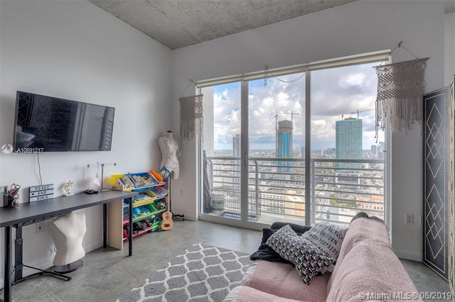 133 NE 2nd Ave #3411, Miami, FL 33132 (MLS #A10691217) :: The Adrian Foley Group