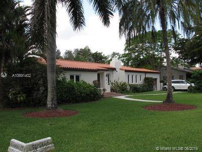 1400 Sopera Ave, Coral Gables, FL 33134 (MLS #A10691402) :: The Riley Smith Group