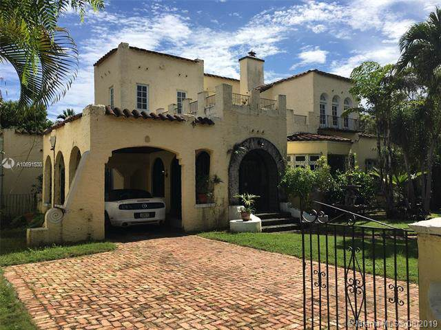 1258 Alhambra Cr., Coral Gables, FL 33134 (MLS #A10691538) :: Grove Properties