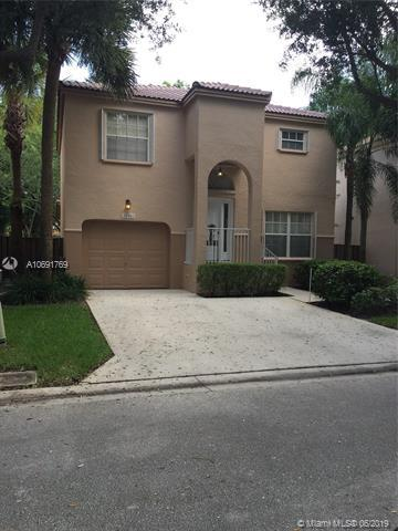 10961 NW 12th Dr, Plantation, FL 33322 (MLS #A10691769) :: Grove Properties