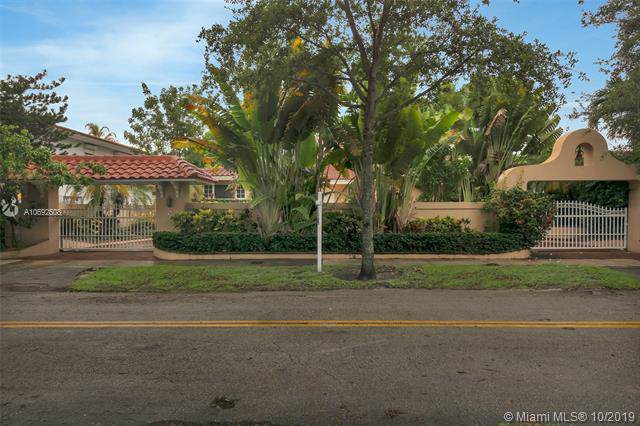 40 N Shore Dr N, Miami, FL 33133 (MLS #A10692508) :: Grove Properties