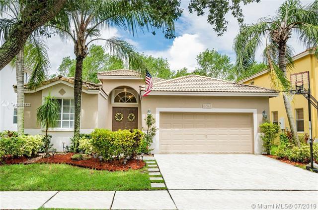 6273 Osprey Ter, Coconut Creek, FL 33073 (MLS #A10693122) :: Grove Properties