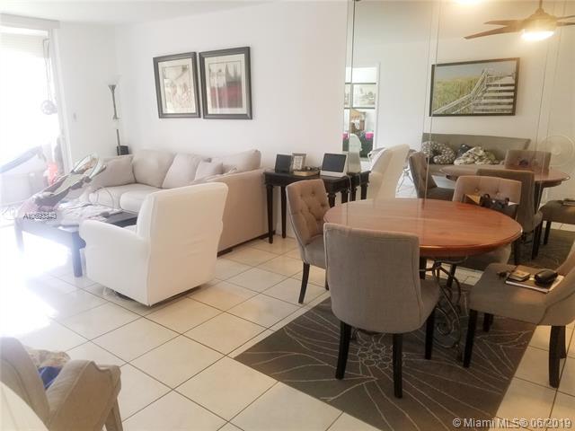 8200 Sunrise Lakes Blvd #111, Sunrise, FL 33322 (MLS #A10693340) :: Berkshire Hathaway HomeServices EWM Realty