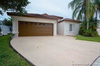 17626 SW 10th St, Pembroke Pines, FL 33029 (MLS #A10693474) :: Ray De Leon with One Sotheby's International Realty