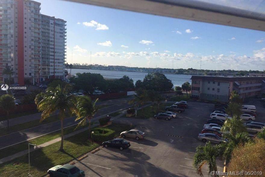 1401 Miami Gardens Dr - Photo 1