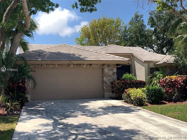 8340 Leeway Ln, Boynton Beach, FL 33436 (MLS #A10694103) :: Ray De Leon with One Sotheby's International Realty