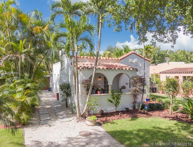 818 Milan Ave, Coral Gables, FL 33134 (MLS #A10694780) :: The Riley Smith Group