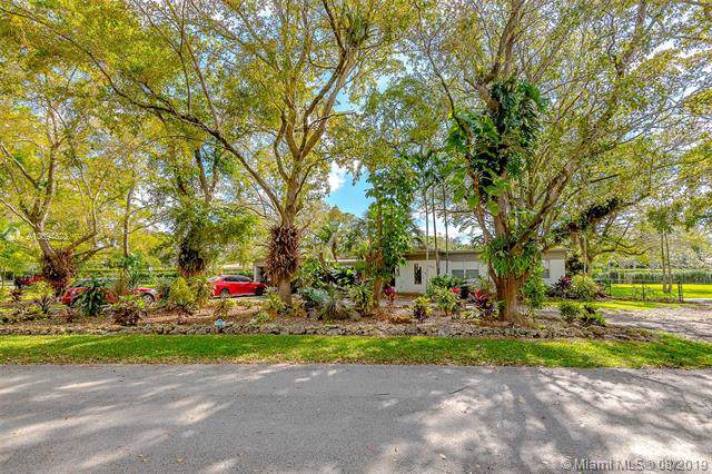 6300 SW 50 Street, Miami, FL 33155 (MLS #A10694823) :: The Jack Coden Group