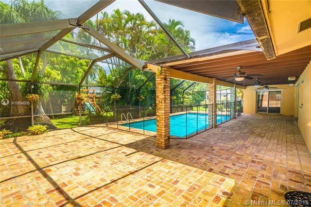 8335 SW 149th Dr, Palmetto Bay, FL 33158 (MLS #A10694936) :: Grove Properties