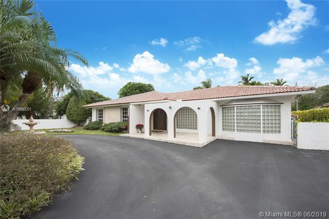 4114 SW 60th Pl, Miami, FL 33155 (MLS #A10695001) :: Grove Properties