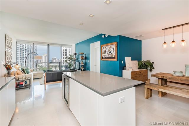 68 SE 6 Street #1007, Miami, FL 33131 (MLS #A10695975) :: Miami Villa Group
