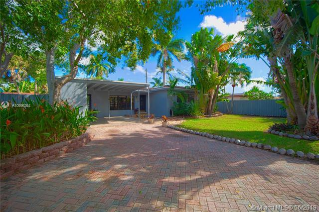 1228 SW 9th Ave, Fort Lauderdale, FL 33315 (MLS #A10696364) :: Berkshire Hathaway HomeServices EWM Realty