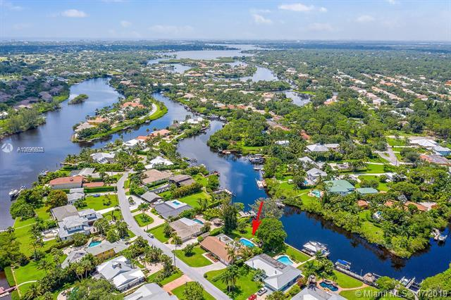 8478 SE Merritt, Tequesta, FL 33469 (MLS #A10696603) :: RE/MAX Presidential Real Estate Group