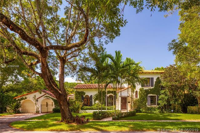 1319 Castile Ave, Coral Gables, FL 33134 (MLS #A10697438) :: The Maria Murdock Group
