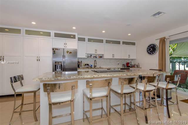 1879 SW 24th Ter, Miami, FL 33145 (MLS #A10697518) :: Grove Properties