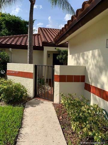 10615 Palm Leaf Dr A, Boynton Beach, FL 33437 (MLS #A10698723) :: The Kurz Team