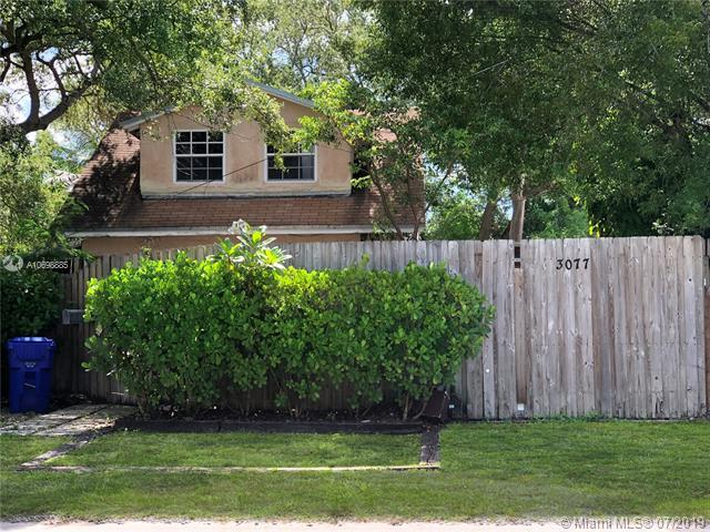 3077 Mcdonald Street, Coconut Grove, FL 33133 (MLS #A10698885) :: Grove Properties