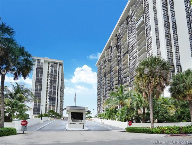 1865 Brickell A1614, Miami, FL 33129 (MLS #A10699811) :: The Paiz Group