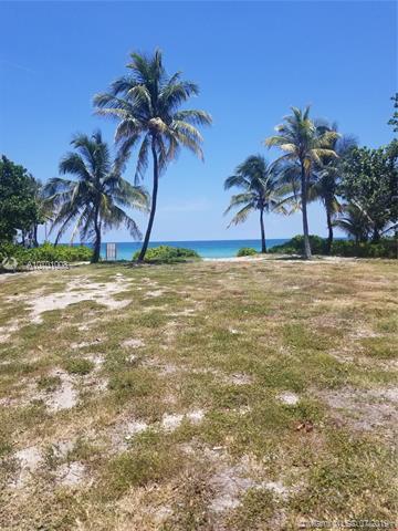 699 Ocean Boulevard, Golden Beach, FL 33160 (MLS #A10701008) :: Ray De Leon with One Sotheby's International Realty