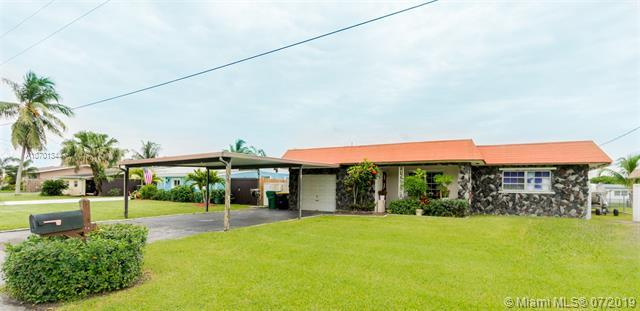 4651 SW 42 Avenue, Dania Beach, FL 33314 (MLS #A10701344) :: Grove Properties