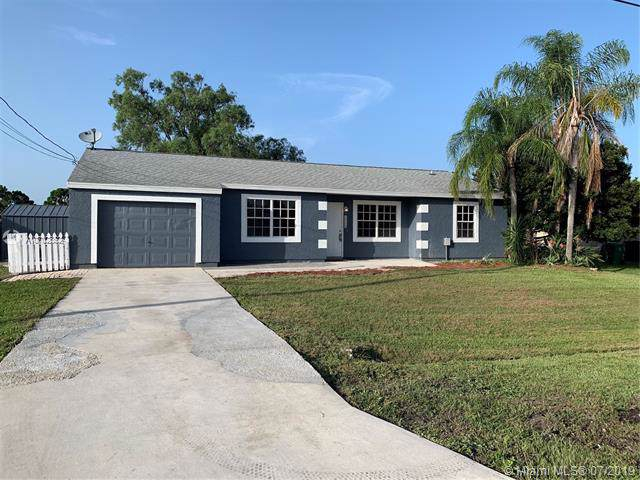 1673 N Blackwell Dr, Port Saint Lucie, FL 34953 (MLS #A10702852) :: The Teri Arbogast Team at Keller Williams Partners SW
