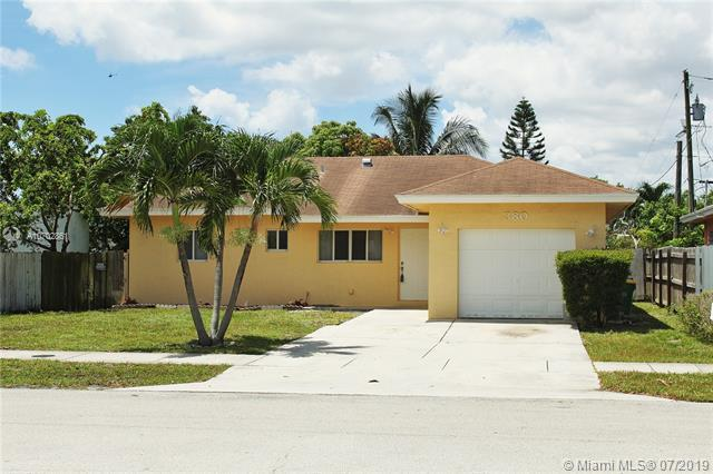 Pompano Beach, FL 33064 :: The Teri Arbogast Team at Keller Williams Partners SW