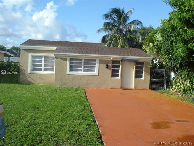 1830 NE 181st St, North Miami Beach, FL 33162 (MLS #A10703168) :: Grove Properties