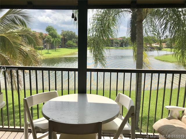 5721 Coral Lake Dr #209, Margate, FL 33063 (MLS #A10703262) :: Grove Properties