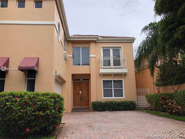 3722 NE 208th Ter, Aventura, FL 33180 (MLS #A10703755) :: Grove Properties