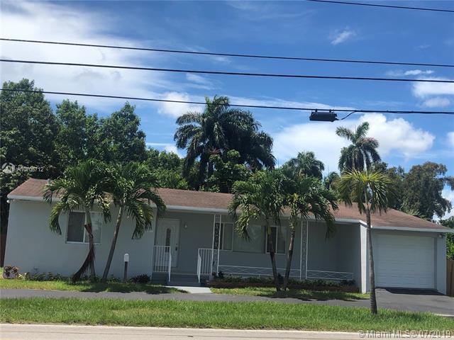 2900 Johnson St, Hollywood, FL 33020 (MLS #A10705712) :: Berkshire Hathaway HomeServices EWM Realty