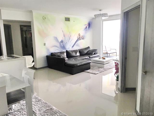 17100 N Bay Rd #1404, Sunny Isles Beach, FL 33160 (MLS #A10706779) :: Berkshire Hathaway HomeServices EWM Realty