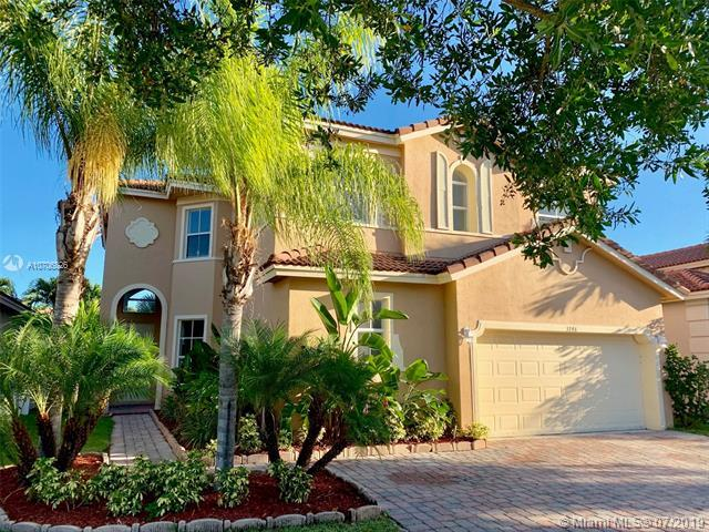 3748 NE 11th St, Homestead, FL 33033 (MLS #A10706826) :: The Jack Coden Group