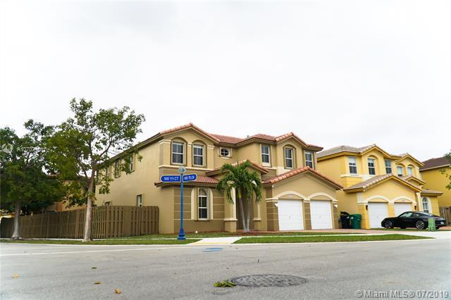 7984 NW 111th Ct, Doral, FL 33178 (MLS #A10707101) :: Grove Properties