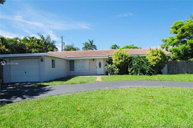 425 NE 33rd St, Boca Raton, FL 33431 (MLS #A10707160) :: Grove Properties