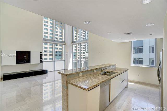 1060 Brickell Ave #813, Miami, FL 33131 (MLS #A10707882) :: The Jack Coden Group