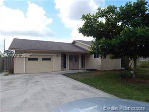 2295 SW Edison Cir, Port Saint Lucie, FL 34953 (MLS #A10708567) :: Berkshire Hathaway HomeServices EWM Realty