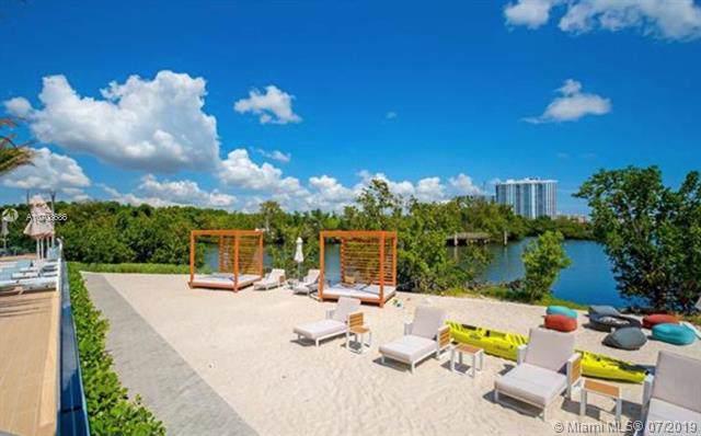 16385 Biscayne Blvd #903, North Miami Beach, FL 33160 (MLS #A10708686) :: The Brickell Scoop