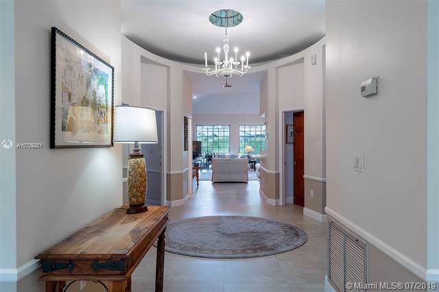 8105 SW 163rd St, Palmetto Bay, FL 33157 (MLS #A10709281) :: Grove Properties
