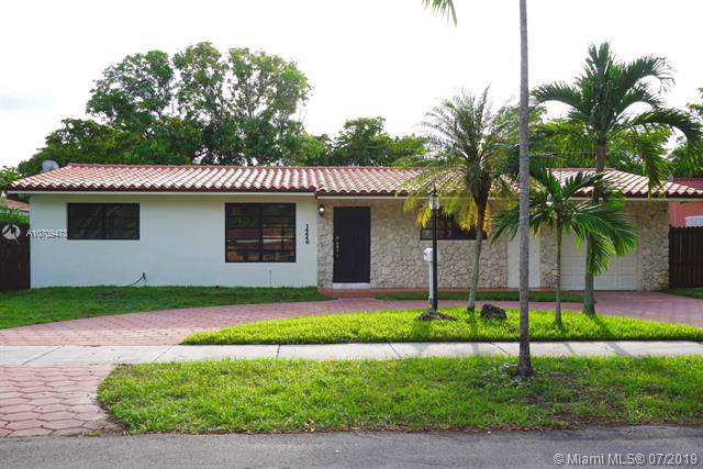 14440 Harris Pl, Miami Lakes, FL 33014 (MLS #A10709473) :: The Teri Arbogast Team at Keller Williams Partners SW