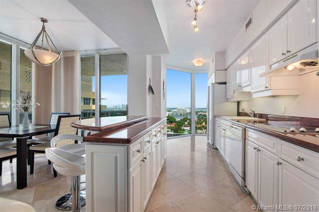 4775 Collins Ave #1605, Miami Beach, FL 33140 (MLS #A10709960) :: The Teri Arbogast Team at Keller Williams Partners SW