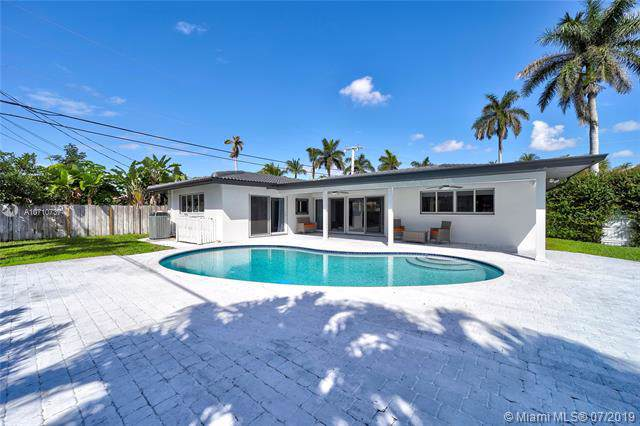 2798 NE 32nd St, Lighthouse Point, FL 33064 (MLS #A10710737) :: The Howland Group