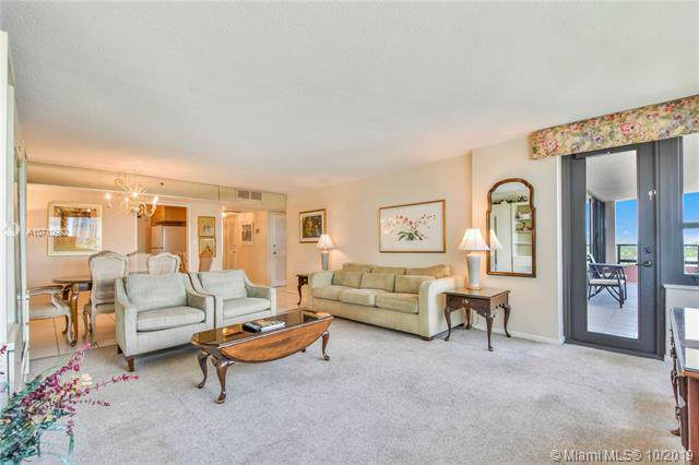 5225 Collins Ave #720, Miami Beach, FL 33140 (MLS #A10710992) :: Grove Properties