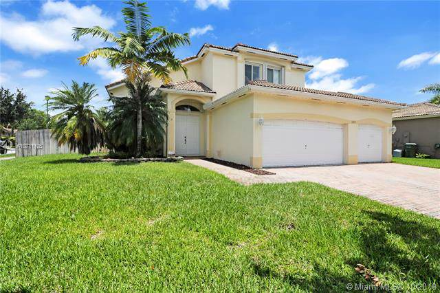1855 SE 19th St, Homestead, FL 33035 (MLS #A10711106) :: Ray De Leon with One Sotheby's International Realty