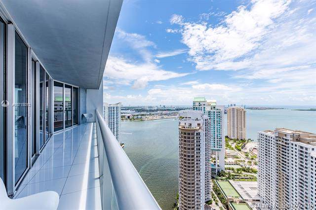 465 Brickell Ave #4205, Miami, FL 33131 (MLS #A10715013) :: The Jack Coden Group