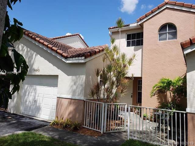 8245 Nw 70th Street, Tamarac, FL 33321 (MLS #A10715181) :: The Riley Smith Group