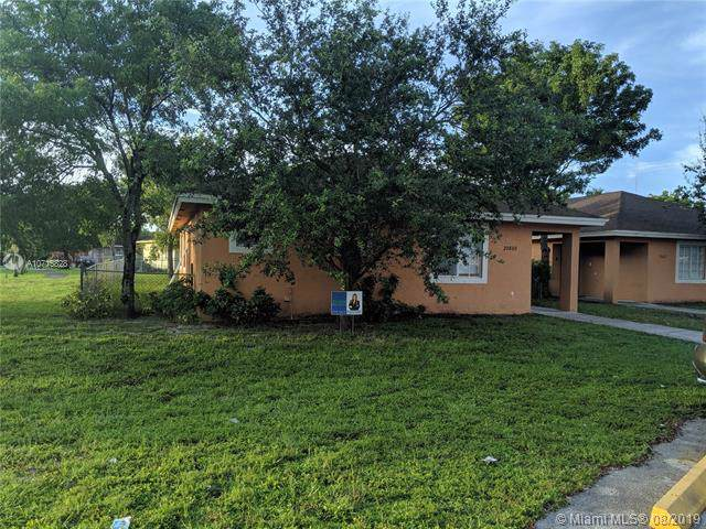 20800 NW 41st Ave Rd, Miami Gardens, FL 33055 (MLS #A10715828) :: Ray De Leon with One Sotheby's International Realty