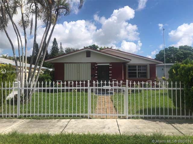 2711 Dewey St, Hollywood, FL 33020 (MLS #A10715878) :: Castelli Real Estate Services