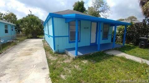 1028 18th St, West Palm Beach, FL 33407 (MLS #A10716224) :: Castelli Real Estate Services