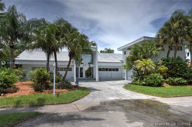 21300 Highland Lakes Blvd, Miami, FL 33179 (MLS #A10717642) :: RE/MAX Presidential Real Estate Group