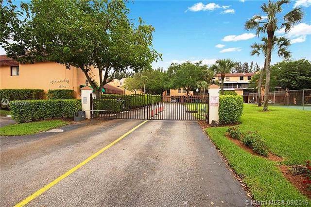 430 Commodore Dr #306, Plantation, FL 33325 (MLS #A10720975) :: Berkshire Hathaway HomeServices EWM Realty